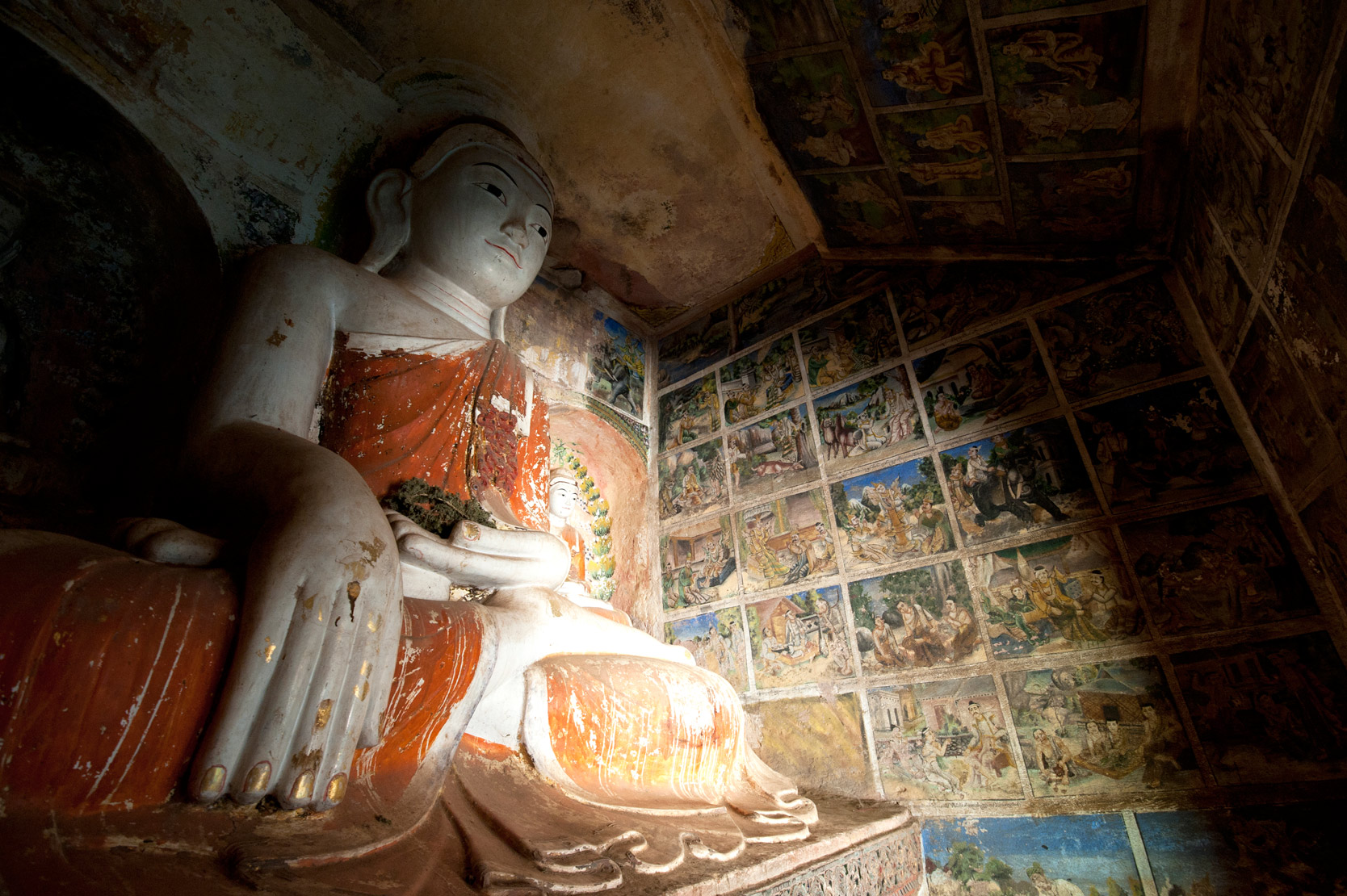 18th century paintings on the walls, Monywa, Sagaing District