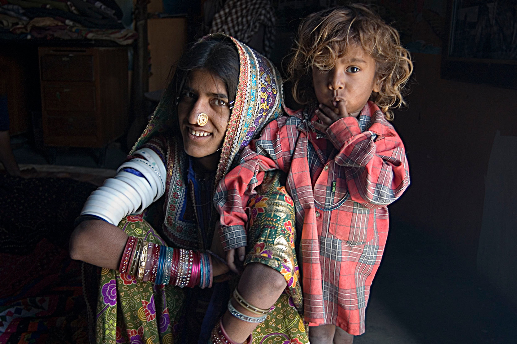 young mother and son, Hodka village, Gujarat